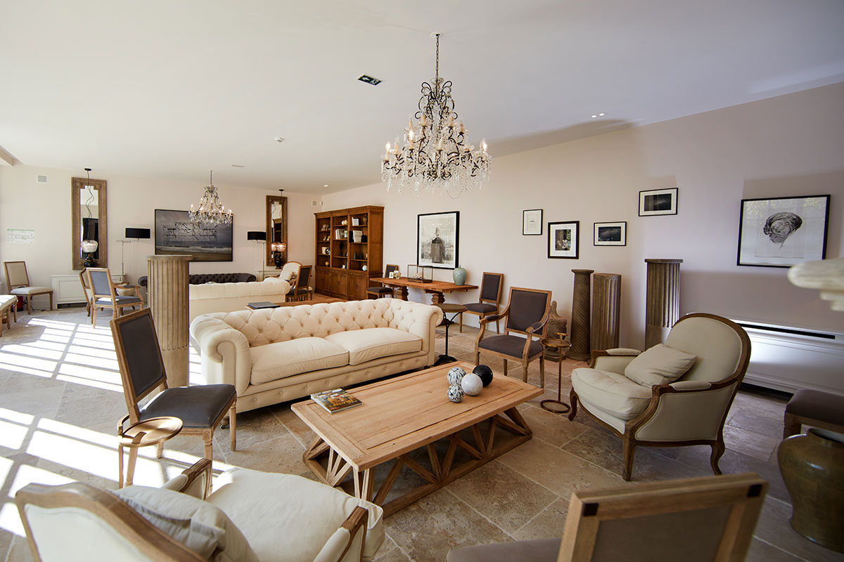 Quand l art s invite la bastide luxury must hospitality - Le domaine de fontenille ...