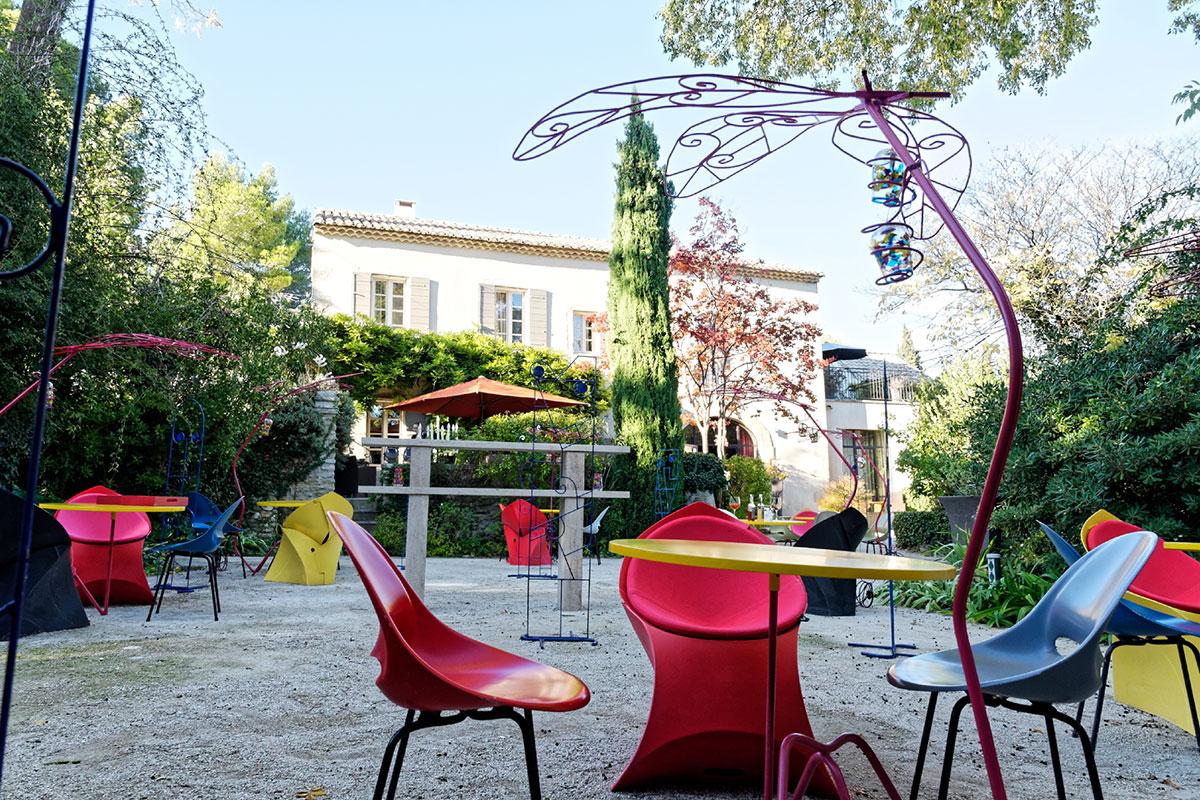 Mas De L Amarine Saint Rémy De Provence le mas de l'amarine cultive avec goût l'art de recevoir | luxury