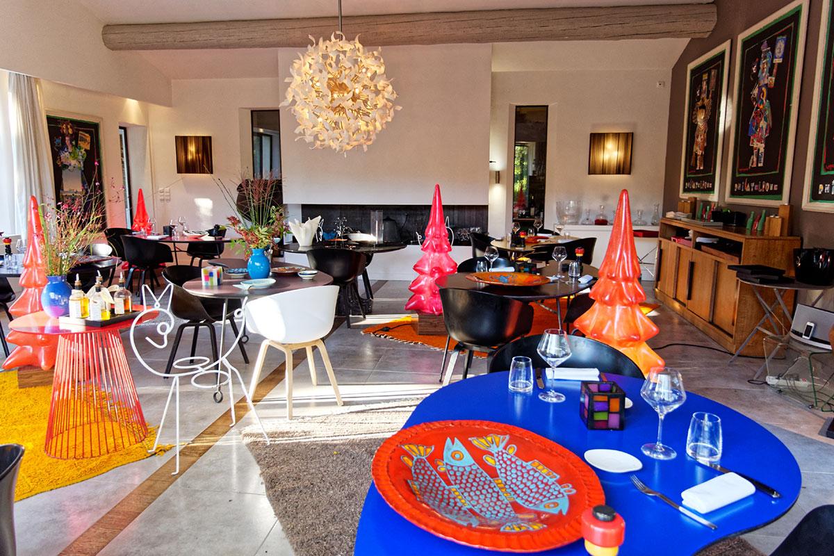le mas de l amarine cultive avec go t l art de recevoir luxury must hospitality. Black Bedroom Furniture Sets. Home Design Ideas