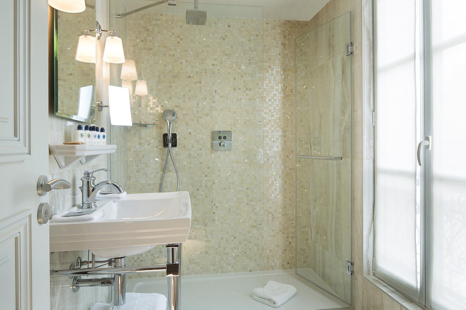 Salle de bain Hotel Monge
